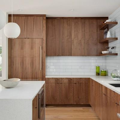 Wykończenie kuchni i łazienki - szklarz z Halinowa